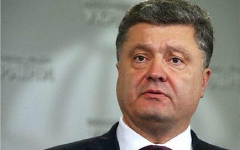 Порошенко заявил, что своими глазами видел российских военных в Крыму