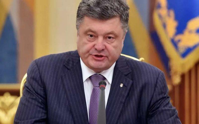 Порошенко намерен отсудить Крым у России