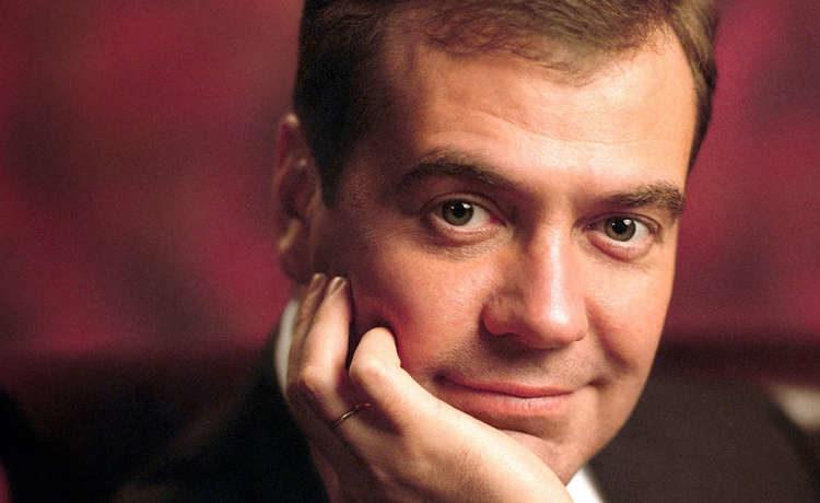 Медведев заявил о грядущем изменении отношении с Украиной
