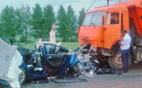 Место смертельного ДТП на трассе в Татарстане