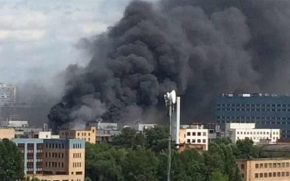 пожар на заводе ЗИЛ, водитель Приоры потерял 4 млн. рублей, авария на ж/д
