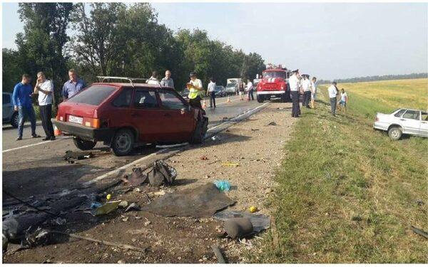 ДТП на Кубани в станице Васюринская, погибло 5 человек