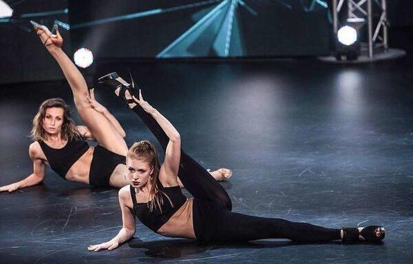 женский этап хореографии