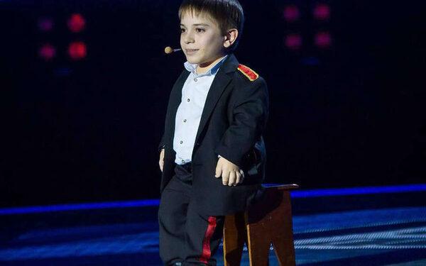 Данил Плужников на сцене