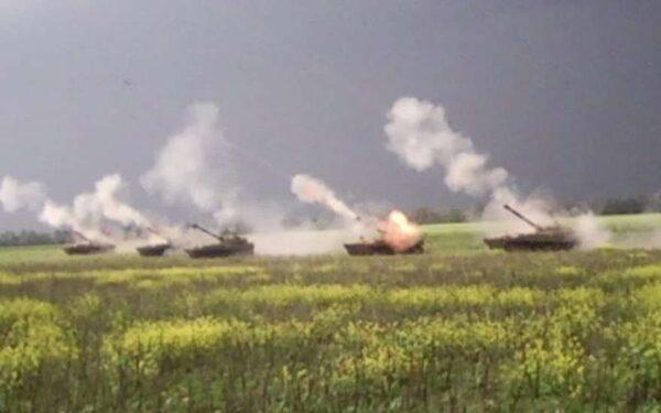 Донбасс вновь под обстрелом карателей