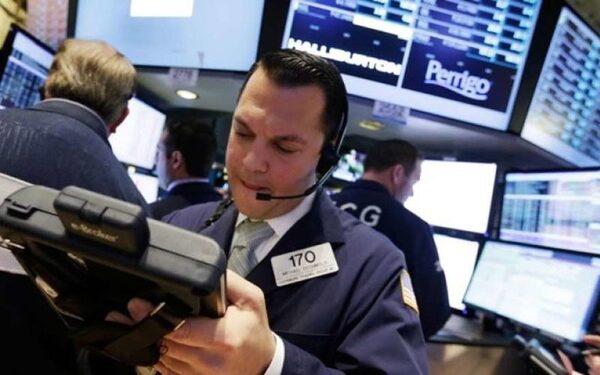 Цены на нефть корректирует «китайский фактор», топливо будет дорожать