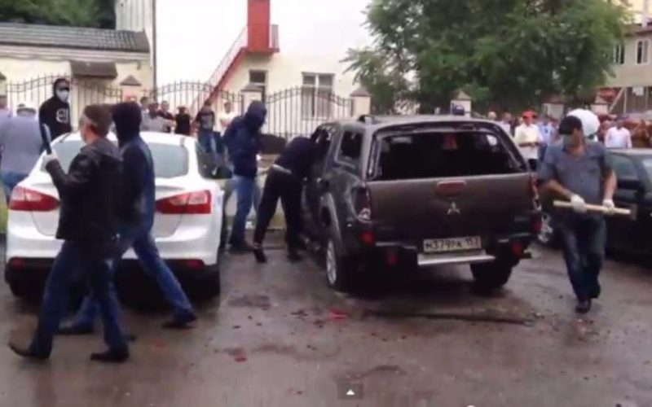 Погром офиса правозащитников в Грозном
