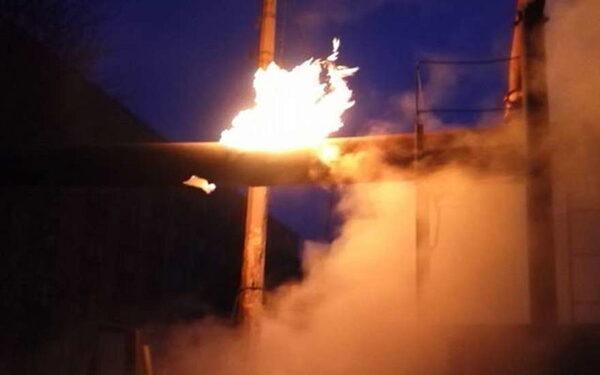Украина: в Донецке при артобстреле произошел пожар на газопроводе