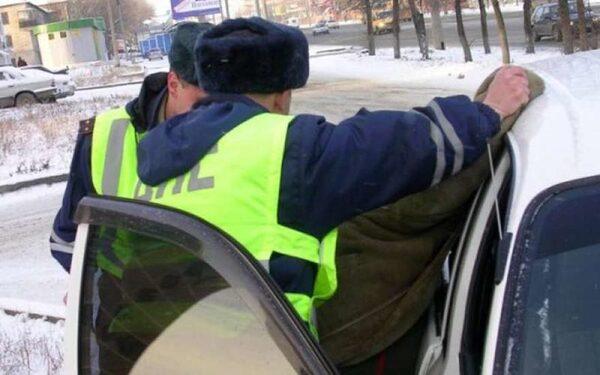Пьяный глава сельского поселения избил сотрудников ДПС