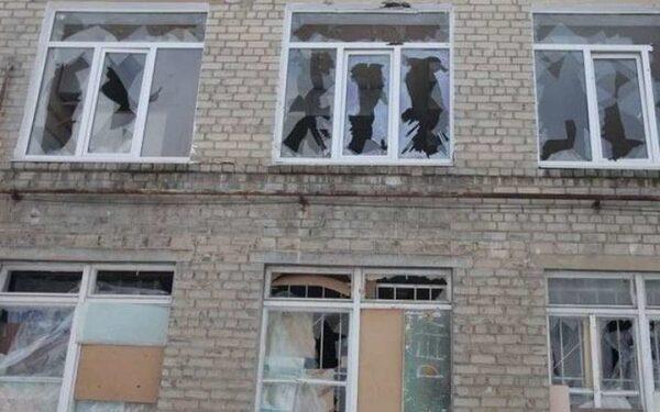 в результате попадания снаряда в Донецкую больницу №3 пострадали 6 человек