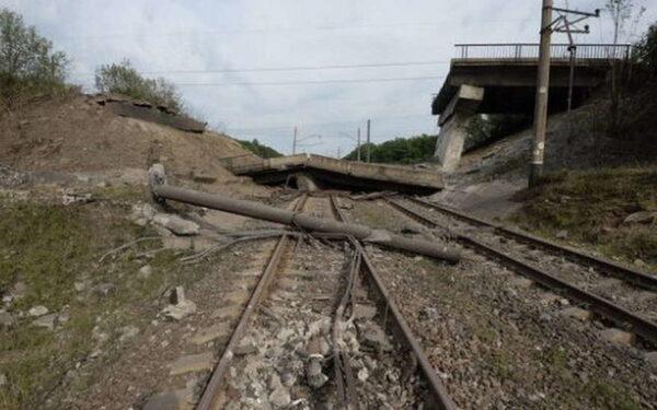 На Запорожье взрыв на мосту с поездом квалифицировали как теракт