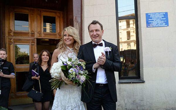 Марат Башаров и Екатерина Архарова сегодня, 31 января: развод не состоялся, Архарова не приехала в ЗАГС подписывать бумаги о разводе, причина, новая пассия Башарова – замужняя женщина с ребёнком ФОТО