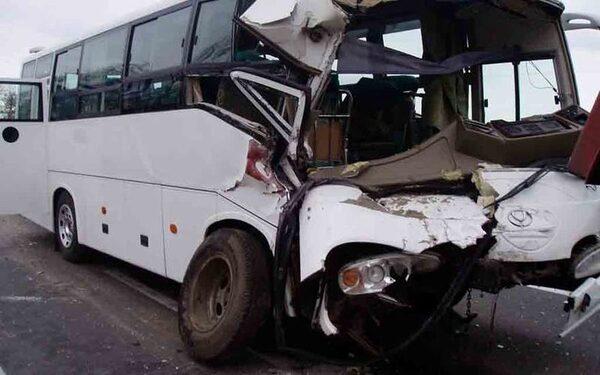 В Китае массовое ДТП: 12  погибших при столкновении 4 машин