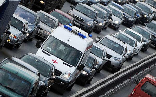 В результате аварии на Киевском шоссе 1 человек погиб, 5 ранены