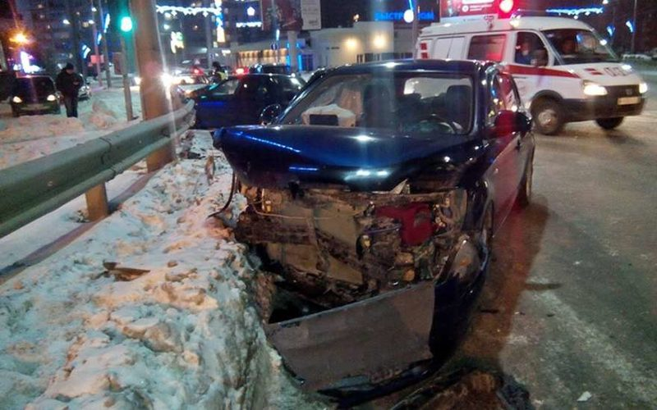 В Томске пьяный водитель устроил ДТП: пострадал 2-летний мальчик