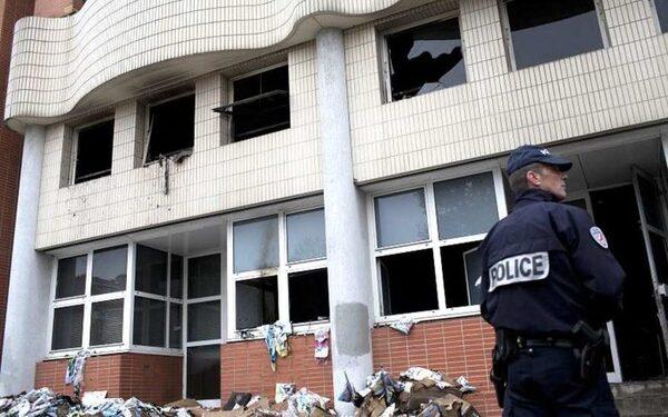МВД франции опровергло информациию о нейтрализации террористов в Реймсе