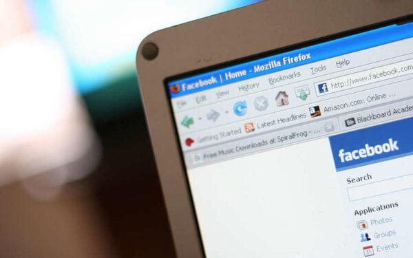 Facebook ограничит распространение недостоверных новостей