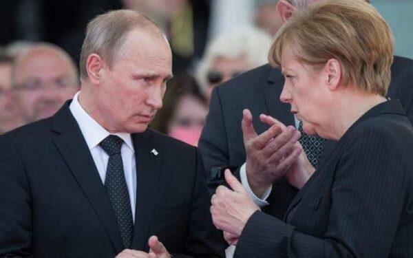 Путин влиятельнее Меркель