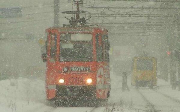 В Омске в ДТП с авто и трамваем пострадали двое детей
