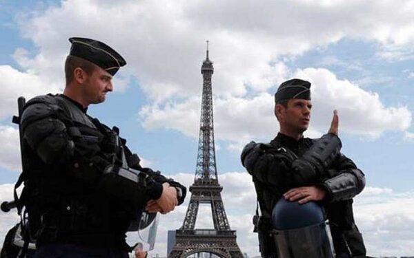 В Парижском Диснейленде эвакуирована гостиница