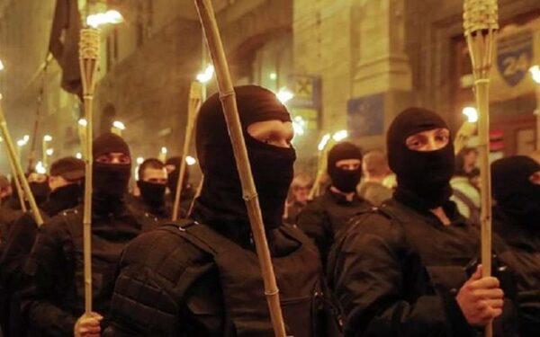 «Правый сектор» отказывается подчиняться Минобороны Украины