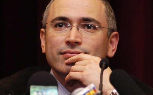 Ходорковский прогнозирует уход Путина в течение 10 лет