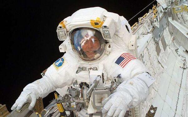 Американцы на МКС могут остаться без питания из-за российского эмбарго