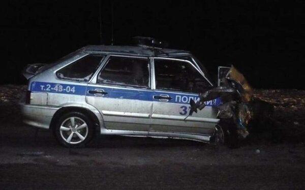 В Самарской области в результате аварии пострадали двое полицейских