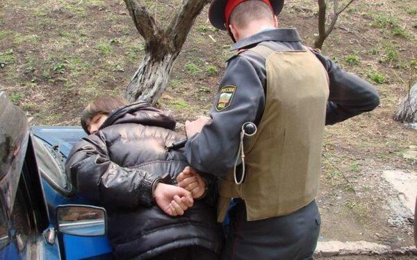 В Сочи наркокурьеры пытались привезти почти 2 тысячи доз сильнодействующих наркотиков