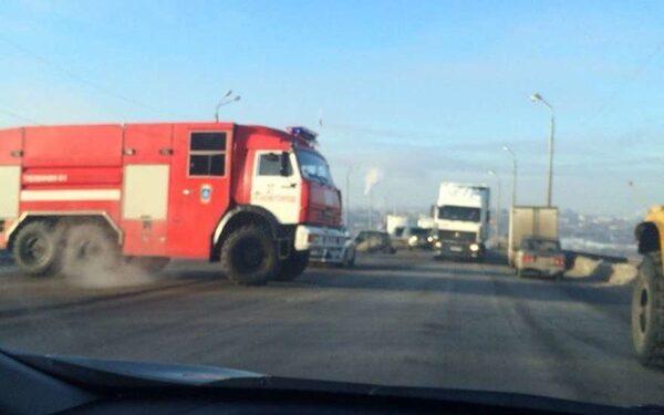 В Нижнем Новгороде ДТП: столкнулось три авто на Мызинском мосту, пострадали люди - причины, ФОТО