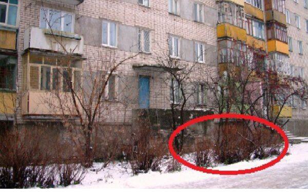 В Архангельске пьяная женщина на спор выбросилась  с пятого этажа