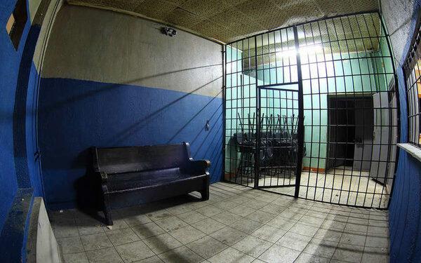 В Петербургском отделении полиции скончалась задержанная женщина