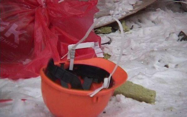 В Омске на заводе погиб рабочий, упав с 12-метровой высоты