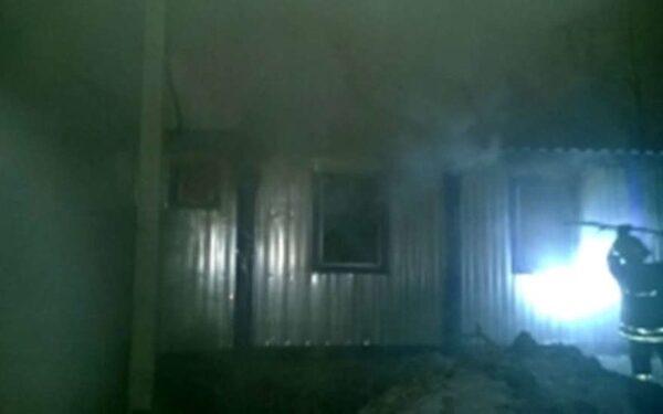 При пожаре на стройке в Москве погибли два человека