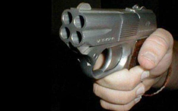 В Челябинске судят мужчину, который расстрелял из пневматики женщину с ребенком