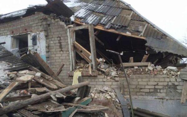 Новости ДНР и ЛНР на 11 января: гибель семьи в Луганске, раненый донецкий мальчик, освистанный кортеж Яценюка