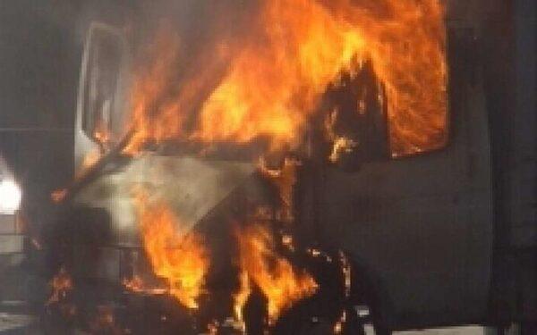 В Петербурге за ночь сгорели две «Газели»