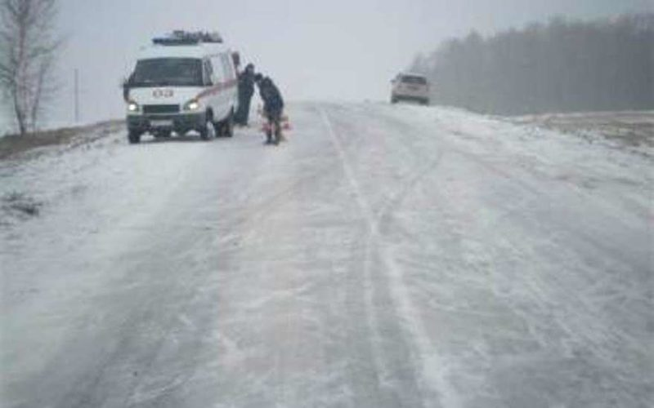 В Волгоградской области на трассе обнаружен труп мужчины