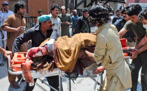 На юге Пакистана в результате теракта в мечети погибли 9 человек