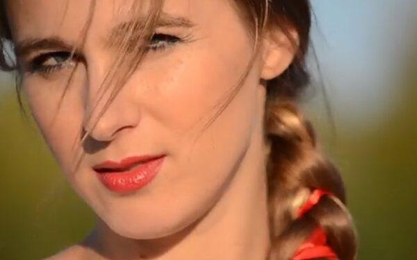 Новосибирская певица Машани сняла клип «Мой Путин»