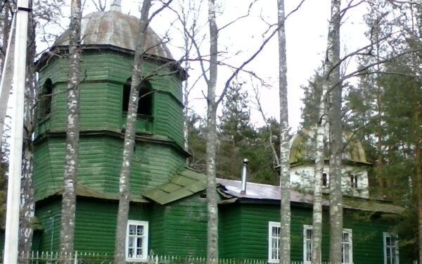 Пожар в деревянной Спасо-Преображенской церкви деревни Загородье