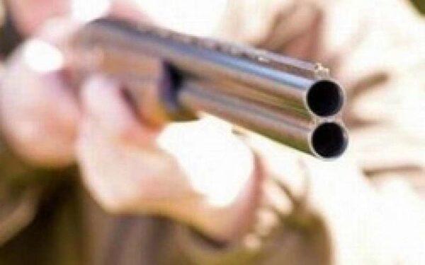 В Кузбассе мужчина расстрелял своих соседей в новогоднюю ночь: один погиб, двое ранены