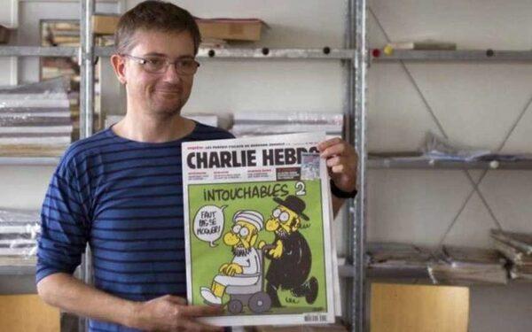В Париже двое неизвестных вооруженные автоматами напали на редакцию журнала Charlie Hebdo
