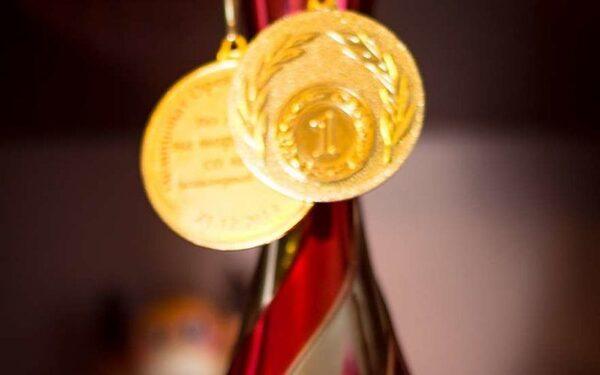 Антон Шипулин завоевал бронзу в индивидуальной гонке на этапе Кубка мира