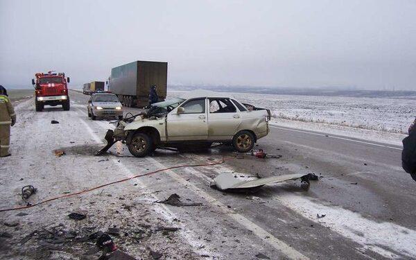 ДТП в Ртищевском районе под Саратовом унесло жизни 6 человек