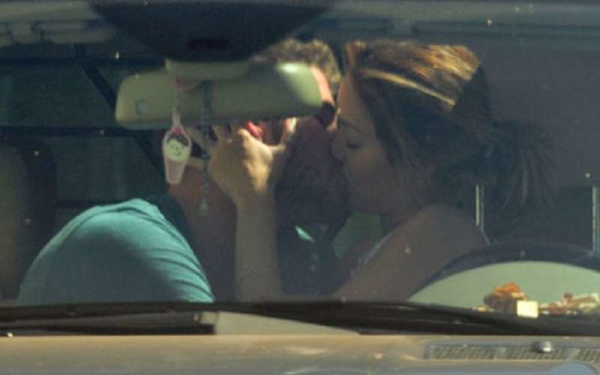 Любовники в машине