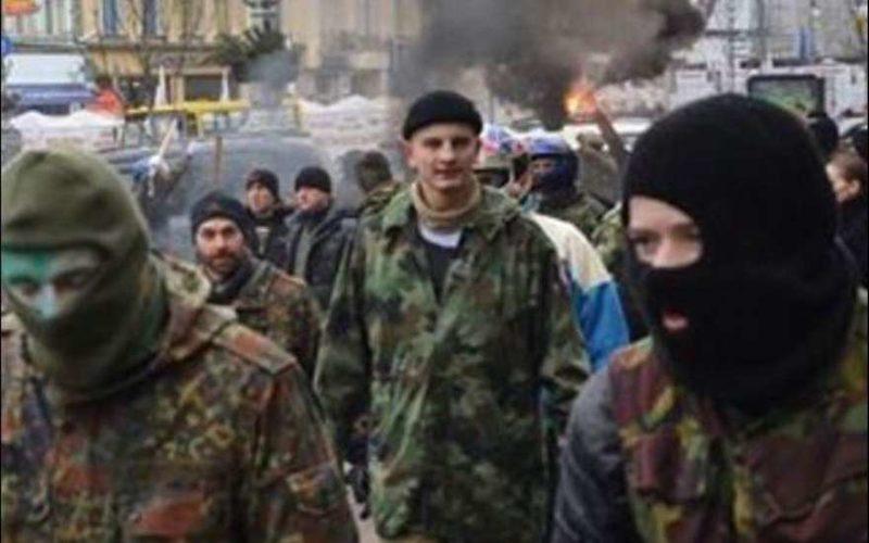 Киевские радикалы вышли на Майдан
