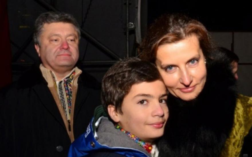 Такого скандала на Украине еще не было: На ИГИЛе все не закончилось – Младший сын Порошенко требует 72 девственницы в подарок