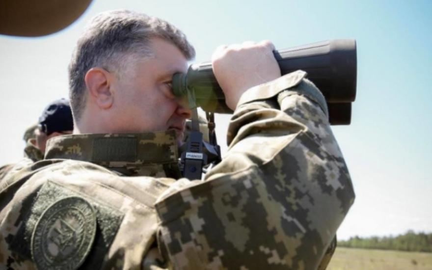 Теперь понятно, почему Порошенко снова громит Донбасс: Правда шокировала общественность
