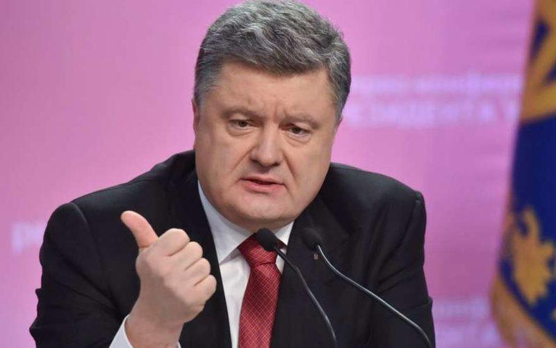 Зрада! Пьяный Порошенко на открытии больницы шокировал слушателей откровенным признанием про украинскую армию (видео)